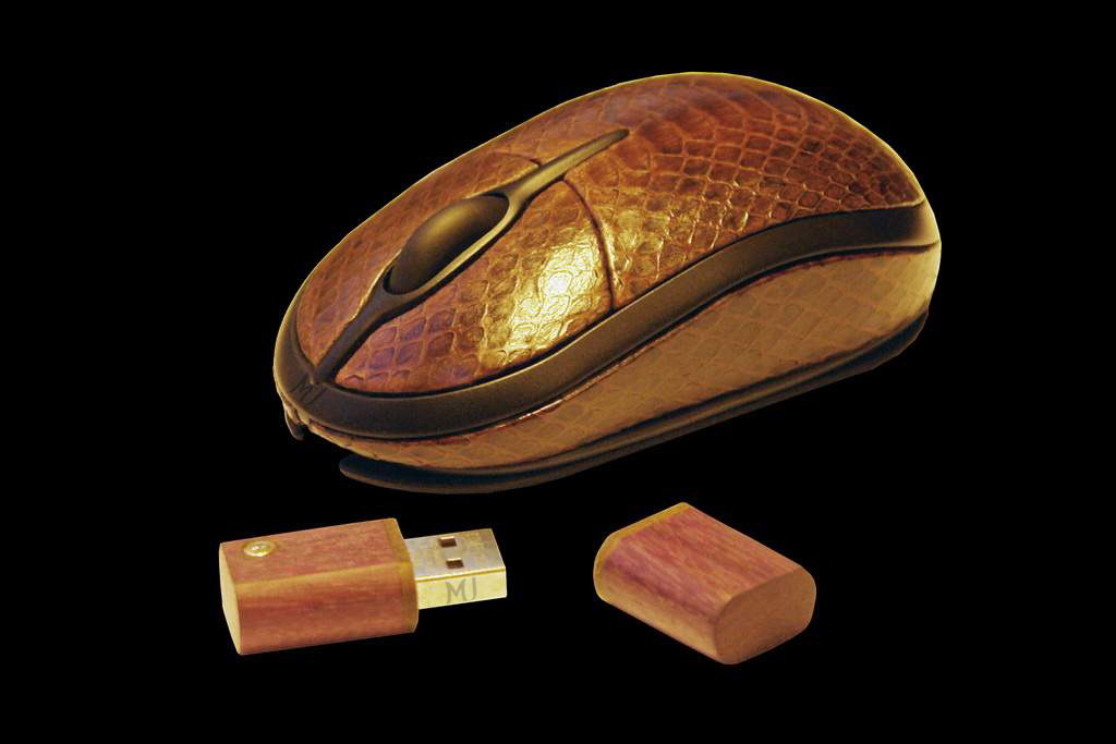 Luxury Mouse MJ Sea Snake Leather Limited Edition - Sea Snake Skin with USB Flash Drive from Pink Wood